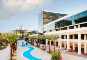 Anaheim Hilton Exterior - Dayime