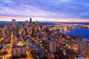 A cityscape of the Seattle, Washington skyline at sunrise.