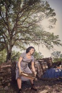 Manual labor maternity photo shoot