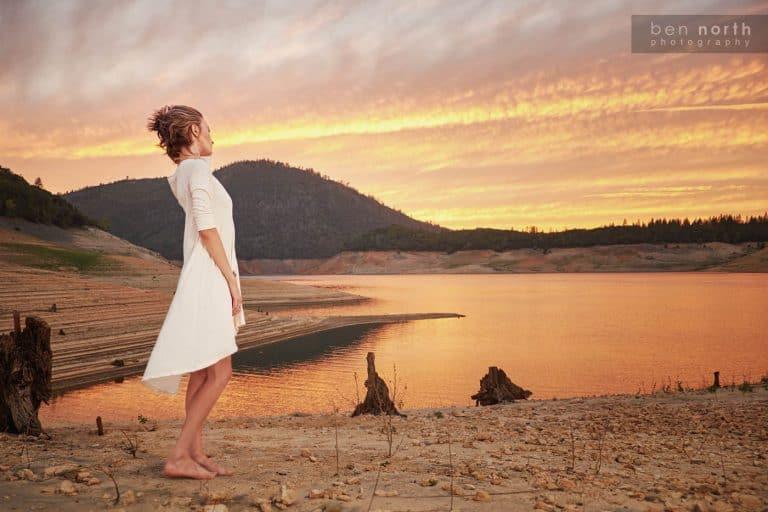 Sunset fashin and lifestyle photo shoot with model Sara Bernson in a Fresh Laundry tunic.